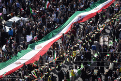 دعوت رئیس دانشگاه آزاداز دانشگاهیان برای حضور در راهپیمایی۲۲بهمن
