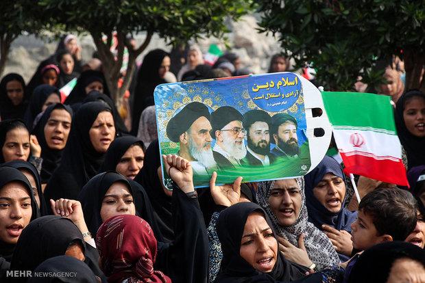 راهپیمایی یوم الله ۲۲ بهمن در هشت بندی هرمزگان / حمید حیدری