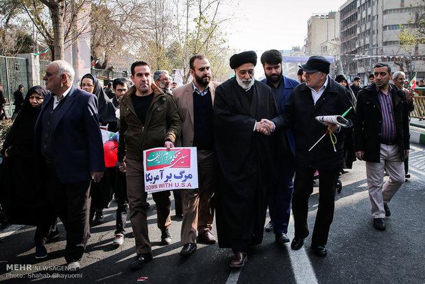 حجت الاسلام والمسلمین سید هادی خامنه ای در راهپیمایی تماشایی بیست و دوم بهمن