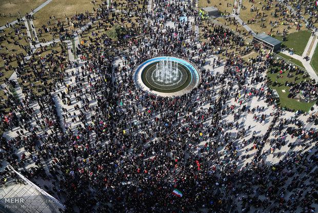 راهپیمایی تماشایی بیست و دوم بهمن - 2