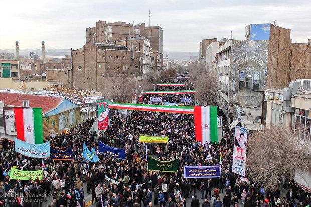 راهپیمایی یوم الله ۲۲ بهمن در تبریز