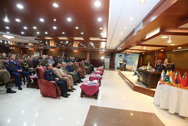 العميد شاه صفي: القدرات الدفاعية الإيرانية لا تنتهك أمن المنطقة
