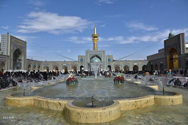 اقامه نماز باران در صحن حرم رضوی