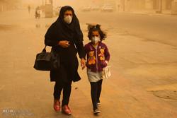 خوزستانیها صبح دوشنبه را گرد و غباری آغاز میکنند