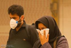 طوفان خاک در چذابه/ توزیع یک هزار ماسک
