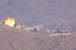 تدمير مدرعة وآليتين للعدوان السعودي في الساحل الغربي لليمن