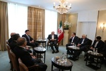 ظريف ورئيس وزراء اقليم كردستان العراق يلتقيان على هامش مؤتمر ميونيخ