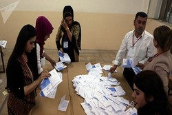 Initial results suggest Sadr alliance heading Iraq elections
