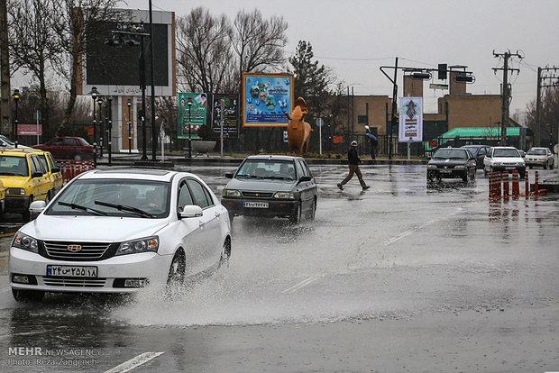 İran'da yağmur yağışı etkili oldu