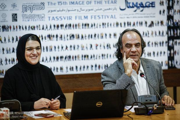 نشست سیف الله صمدیان دبیر نمایشگاه تصویر سال