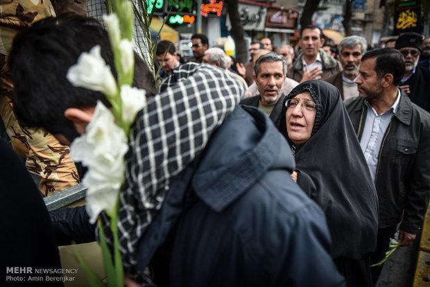 تشييع جثمان 24 شهيدا من بينهم شهداء مجهولي الهوية في مدينة شيراز