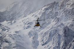 مواصلة البحث عن ركام طائرة ATR72 رحلة طهران - ياسوج / صور