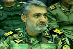 نیروهای تیپ ابوذر و گردان ۳۵ ارتش به کمک زلزله زدگان شتافتند