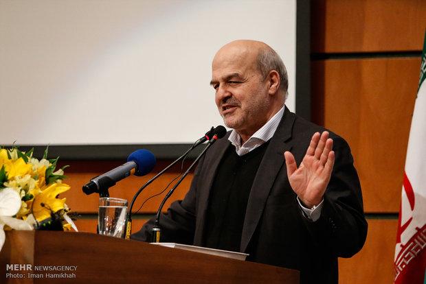 حتی یک متر از ایران را قربانی توسعه نمیکنیم