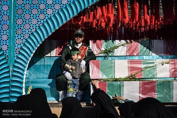 پیکر مطهر ۹ شهید دوران دفاع مقدس در بجنورد تشییع شد