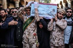 تشییع و تدفین پیکر دو شهید گمنام در مدرسه علمیه مروی
