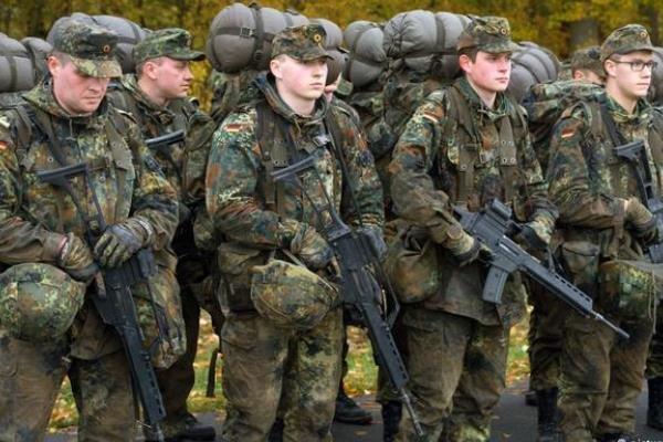 نگرانی ناتو از عدم آمادگی نظامی آلمان برای فرماندهی «نیروی ضربت»