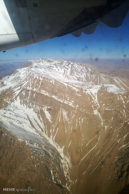مكان تحطم طائرة الركاب الايرانية في جبال زاغروس
