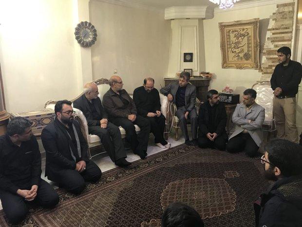 دیدار استاندار تهران با خانواده شهید بسیجی حادثه پاسداران