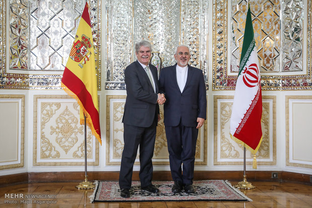 Zarif meets with Spanish counterpart in Tehran