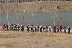 مسابقات دوچرخه سواری آینده سازان استان تهران