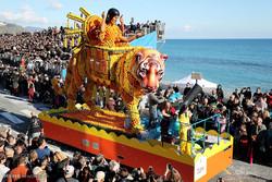 """مهرجان الليمون في مدينة """"منتون"""" الفرنسية / صور"""