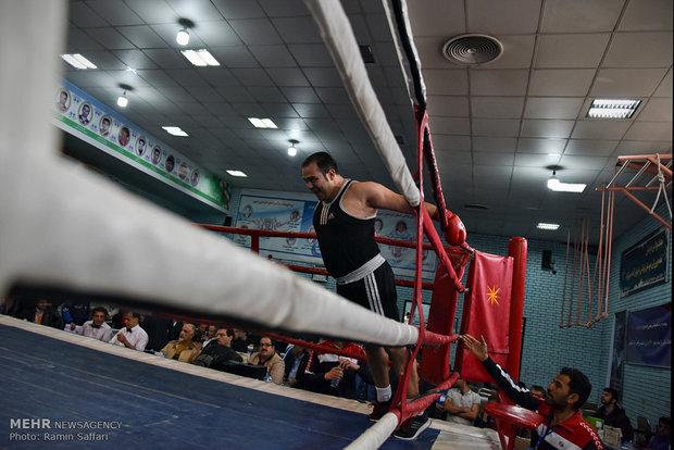 مسابقات بطولة الملاكمة في مشهد