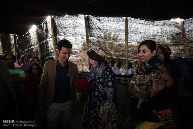 """İran'daki Kaşkai göçebelerinden """"Başlık Parası Festivali"""""""