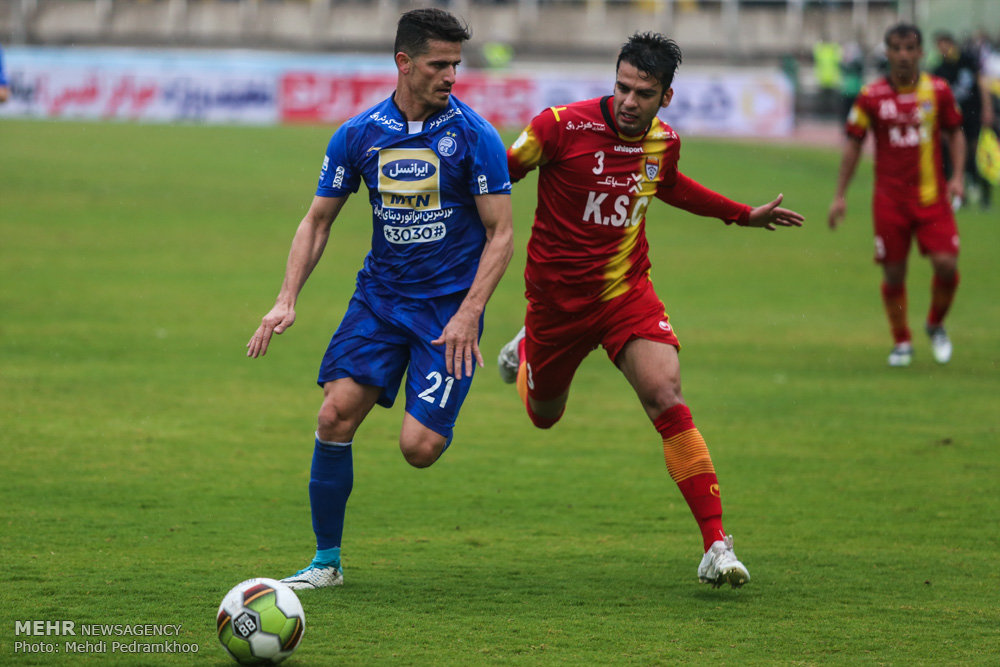Esteghlal, Persepolis emerge victorious in Iran Professional League