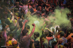 """مهرجان """"هولي"""" في الهند / صور"""