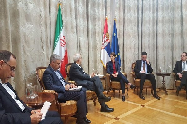 Zarif, Serbian PM vow to expand bilateral ties
