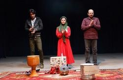 روایت کازرونی از رستم و اشکبوس جایزه های تکخند را کسب کرد