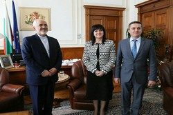 Zarif, Bulgarian Speaker hail historical ties of Iran, Bulgaria
