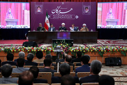 Rouhani inaugurates 17 infrastructural, 6 industrial projects in Hormozgan