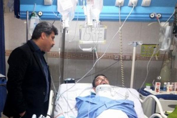 مدافع استقلال با اورژانس هوایی به تهران منتقل شد