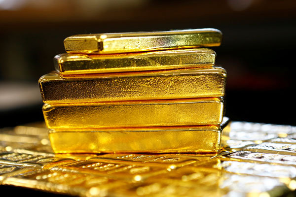 قیمت طلا با افت دلار بالا رفت