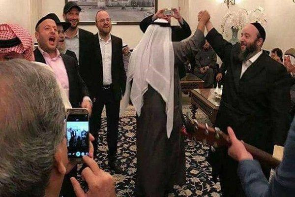 وفد صهيوني يرد الزيارة لوفد ملك البحرين
