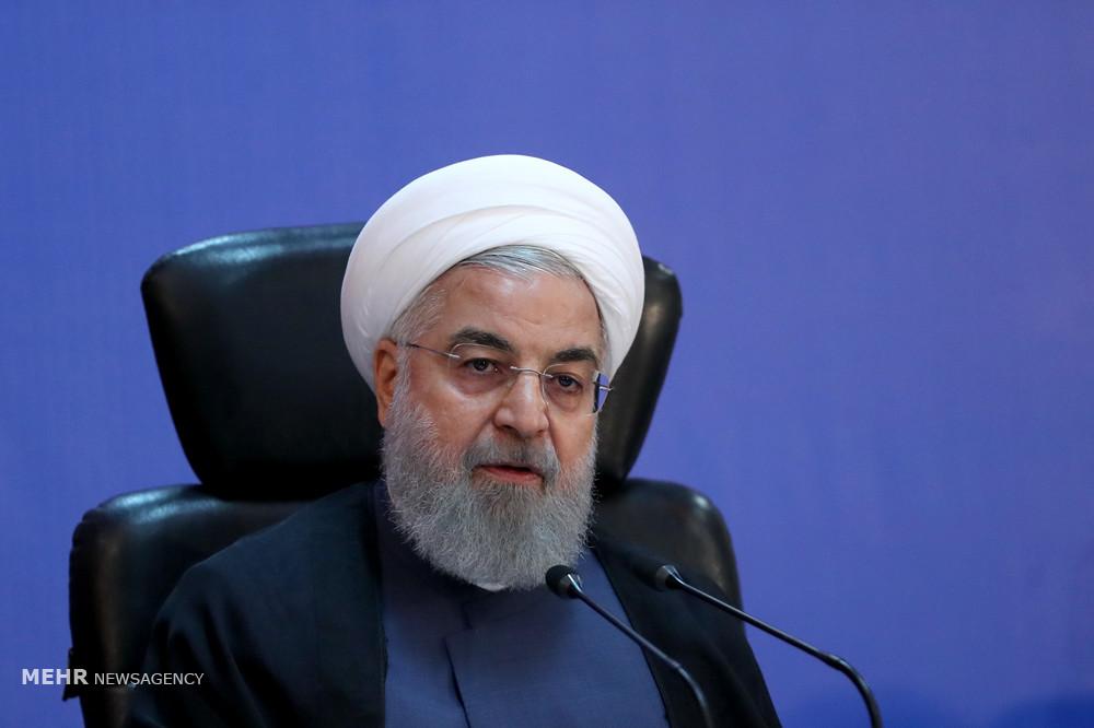 صدر روحانی نے ٹیلیفون پر مراجع عظام کو عید نوروز کی مناسبت سے مبارکباد پیش کی