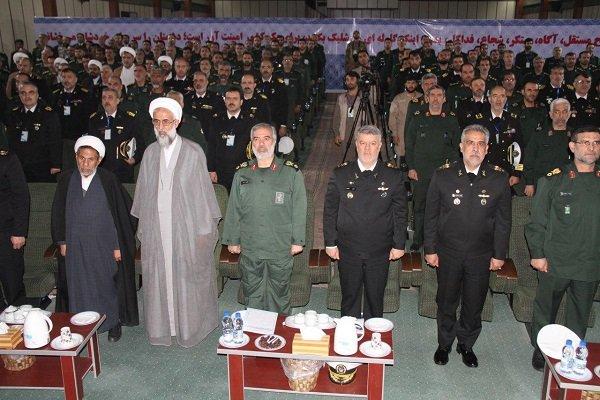 عقد اول ملتقى مشترك لقادة القوة البحرية للجيش والحرس الثوري