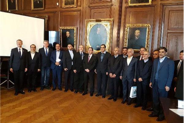 Iranian Hungarian medical universities ink MoU