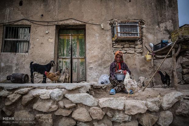 ۱۸۵۳خانوار در استان در مناطقی باضریب محرومیت هشت زندگی می کنند