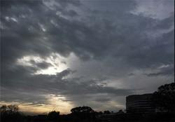 تداوم باران در نقاط مختلف کشور/ آسمان پایتخت صاف تا کمی ابری
