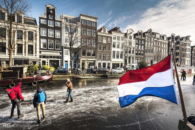 اسکیت بازی در کانال های یخ زده آمستردام
