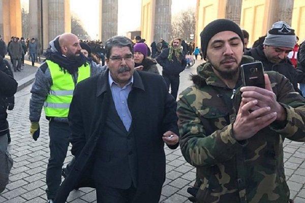 Salih Müslim, Berlin'de mitinge katıldı