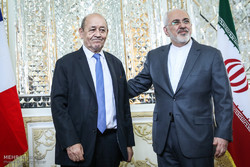 FM Zarif meets French counterpart Le Drian in Tehran