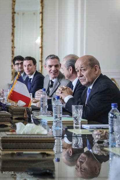 رلقاء ظريف ووزير الخارجية الفرنسي
