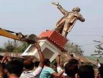 ہندوستانی ریاست تری پورا بی جے پی نے لینن کے 2 مجسموں کو توڑدیا