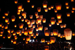 تائیوان میں غبارہ لالٹین فیسٹیول منعقد