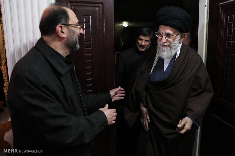 حضور رهبر انقلاب در منزل شهید محمدحسین حدادیان