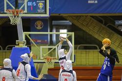 کسب ۲ برد و یک شکست دختران بسکتبال قم در مسابقات امید